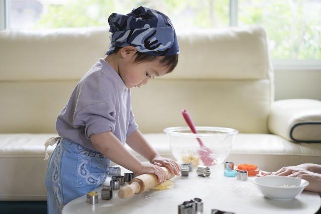 ステイホームでも楽しく!子どもとのおうち時間の過ごし方|親子でお菓子・スイーツ・パン作り